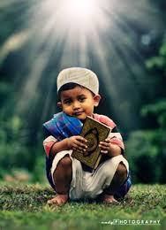 muslim-boy-with-quran