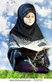 muslim-girl-reading-quran